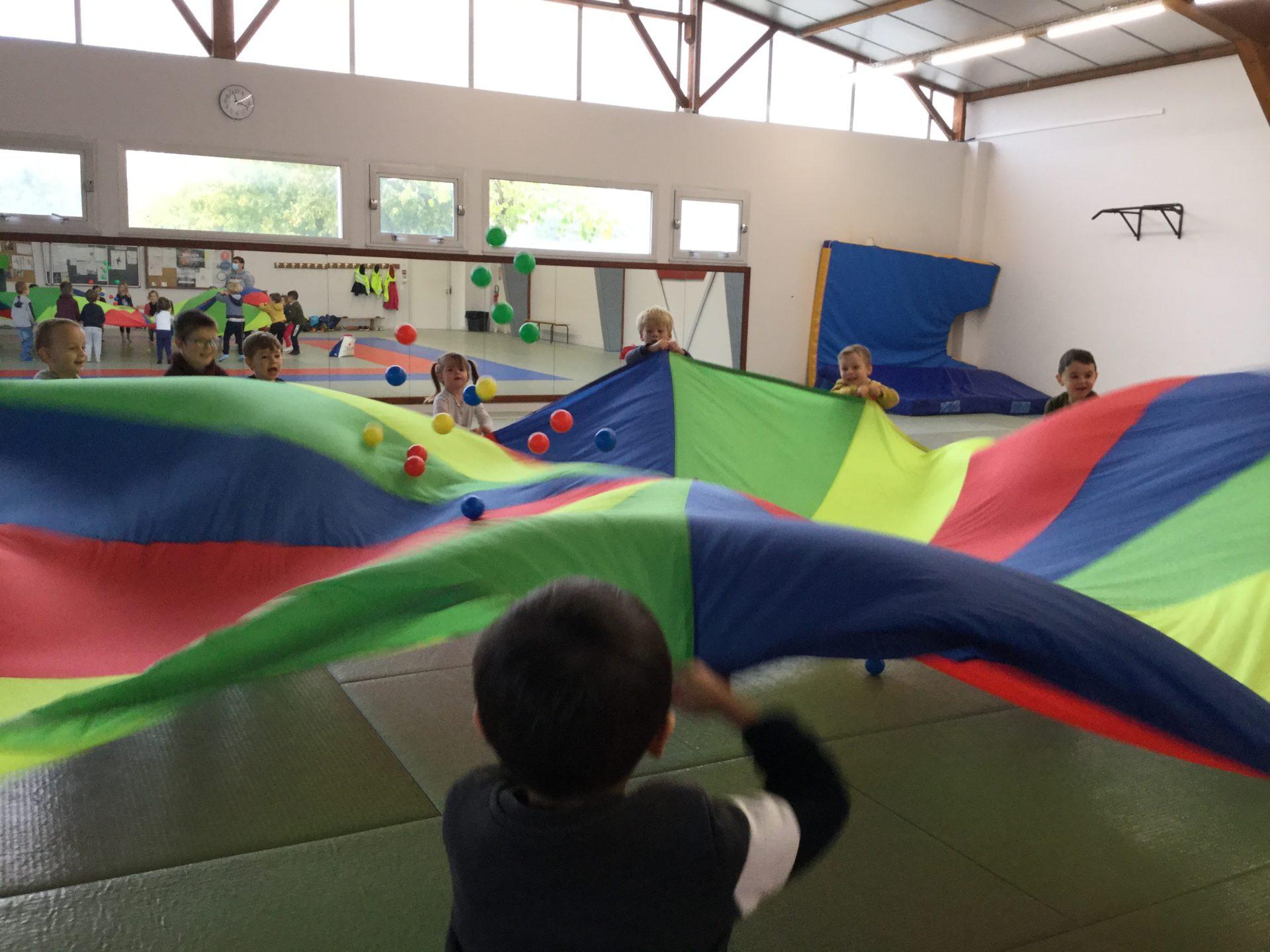 Read more about the article Séances de sport au DOJO.